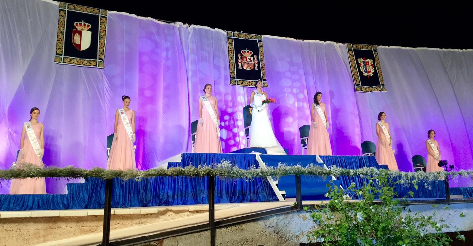 Acto de coronación de la Reina y Damas de las Fiestas criptanenses