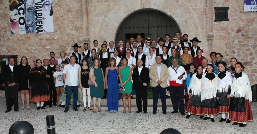 Campo de Criptana celebra su ' Fiesta de la Vendimia ' con la música y el baile de la AFM Molinos de Viento