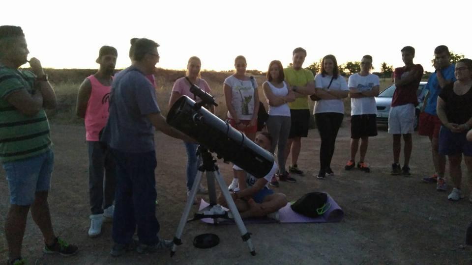 Senderismo y velada astronómica bajo la lluvia de estrellas en Manzanares