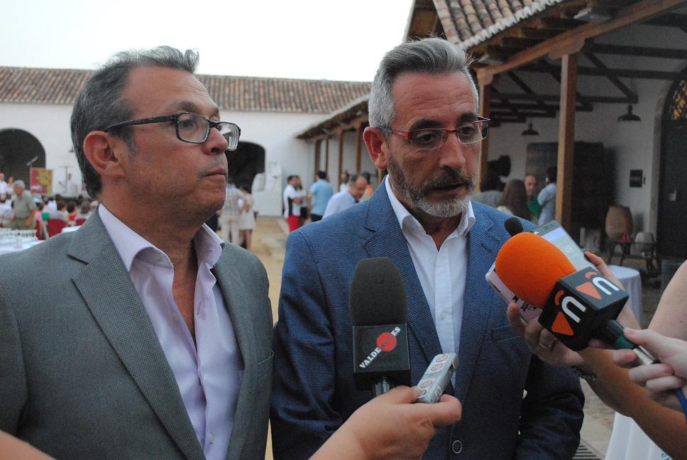 """El alcalde de Valdepeñas clausuró el """"XVII Túnel del Vino"""""""