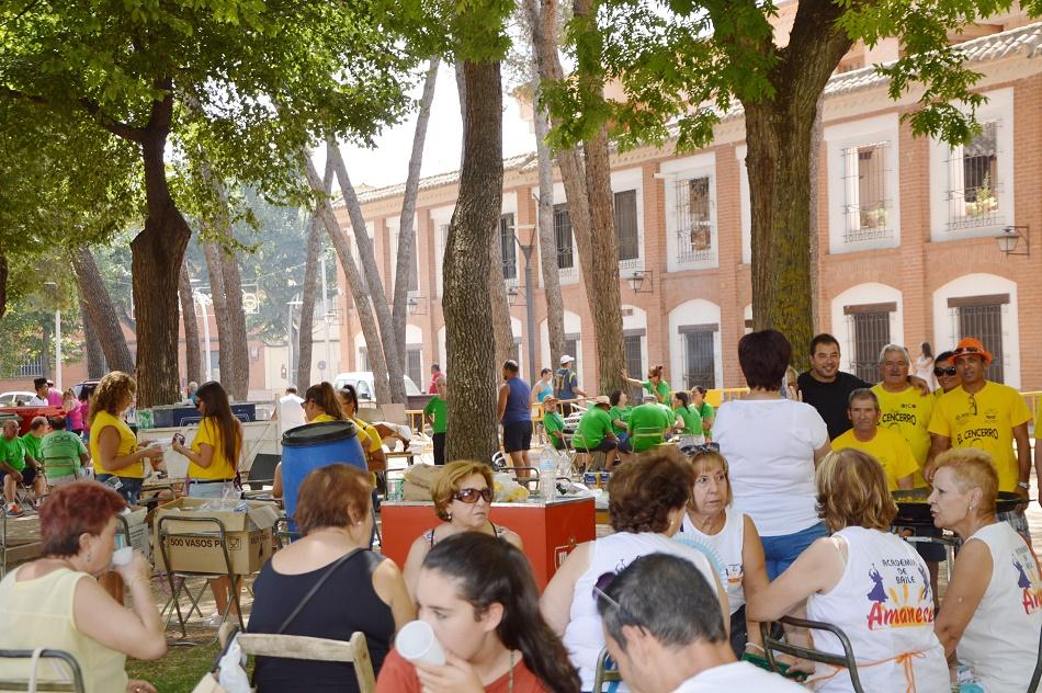 Las peñas animan el último día de Feria en Daimiel