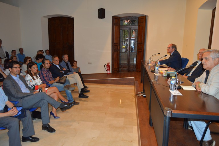 Gabilondo, Lledó y Cruz llenan el Museo del Quijote con la melancolía y el saber de Cervantes