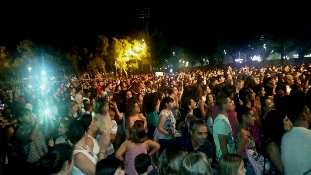 Público en el concierto de Auryn en Alcázar