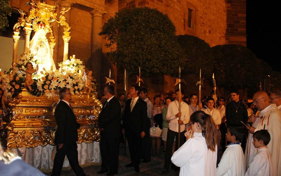 La procesión de final de novenario cierra los actos de regreso de la Virgen de Peñarroya a La Solana