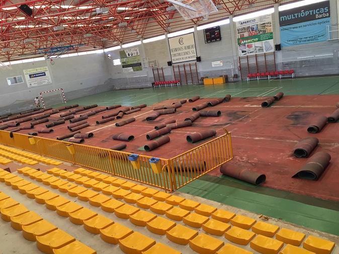En unos días finalizará la renovación del suelo del Pabellón Cubierto de Villanueva de los Infantes