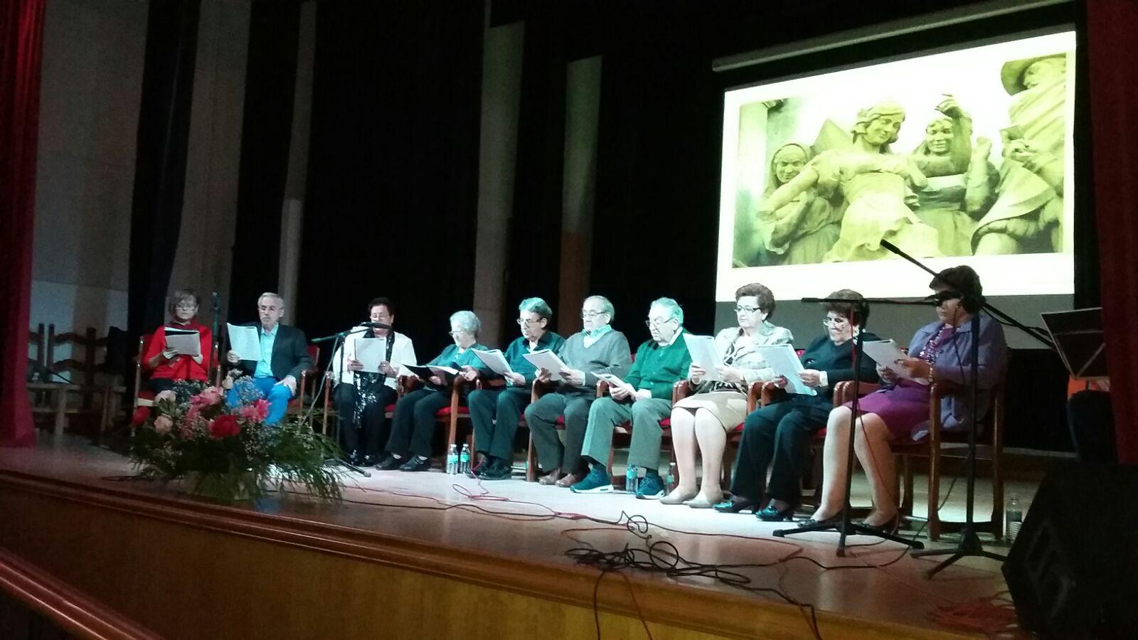 La Asociación de Jubilados 'Francisco de Quevedo' de Villanueva de los Infantes rindió su particular homenaje a Cervantes en el IV Centenario de su muerte