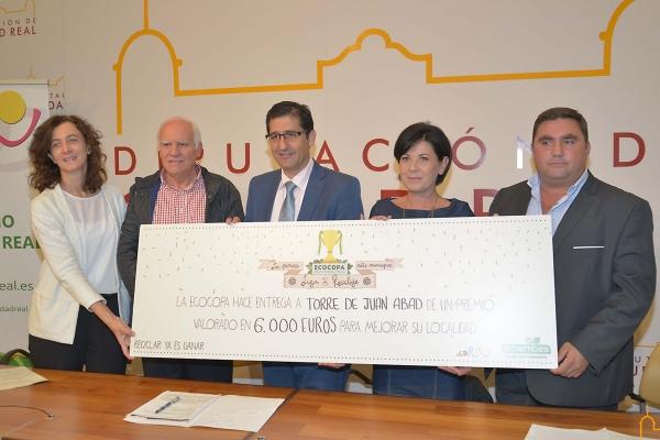 """Torre de Juan Abad gana la """" Ecocopa """" de reciclaje entre municipios promovida por Ecoembes, RSU y Diputación de Ciudad Real"""