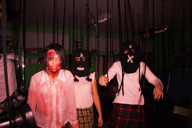 Más de 300 'víctimas' atravesaron el pasaje de la 'VI Noche de Halloween' de Valdepeñas