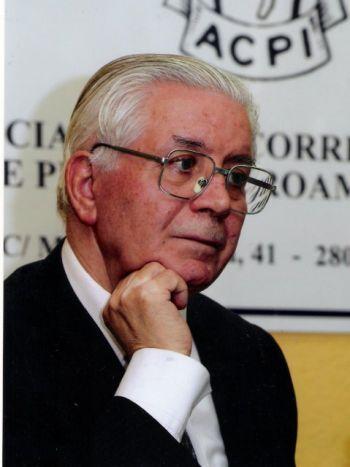 """José López Martínez: """"La referencia cultural literaria española está en El Quijote"""""""