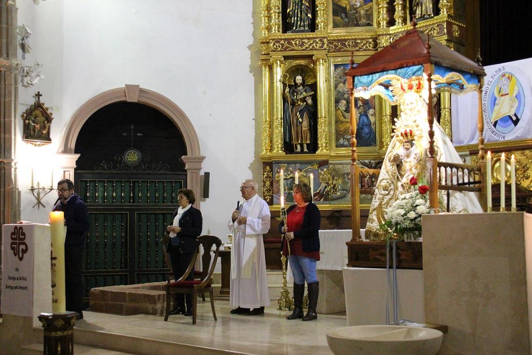 La lluvia obligó a cambiar los primeros actos de la misión de Santa Catalina en La Solana