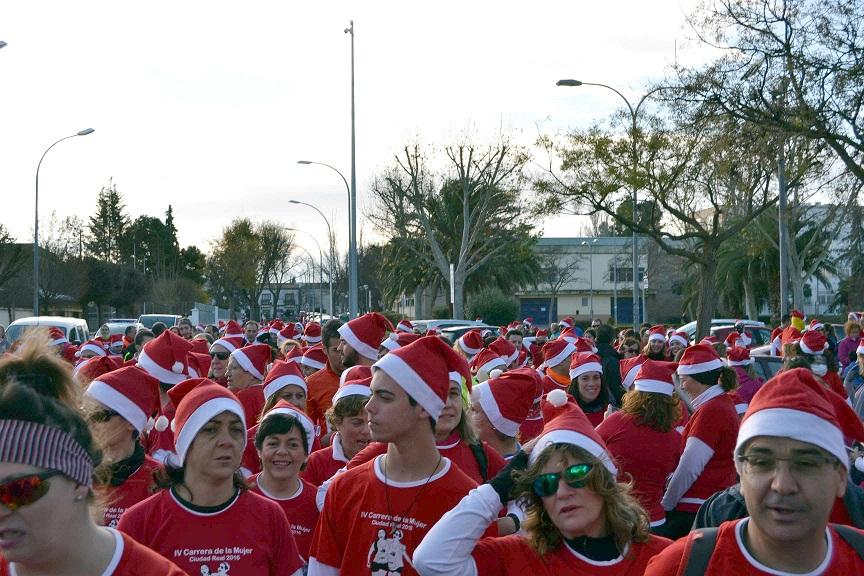 Más de un millar 'runners' gritan 'Stop a la Violencia de Género' en la 4ª Carrera de la Mujer Solidaria de Ciudad Real
