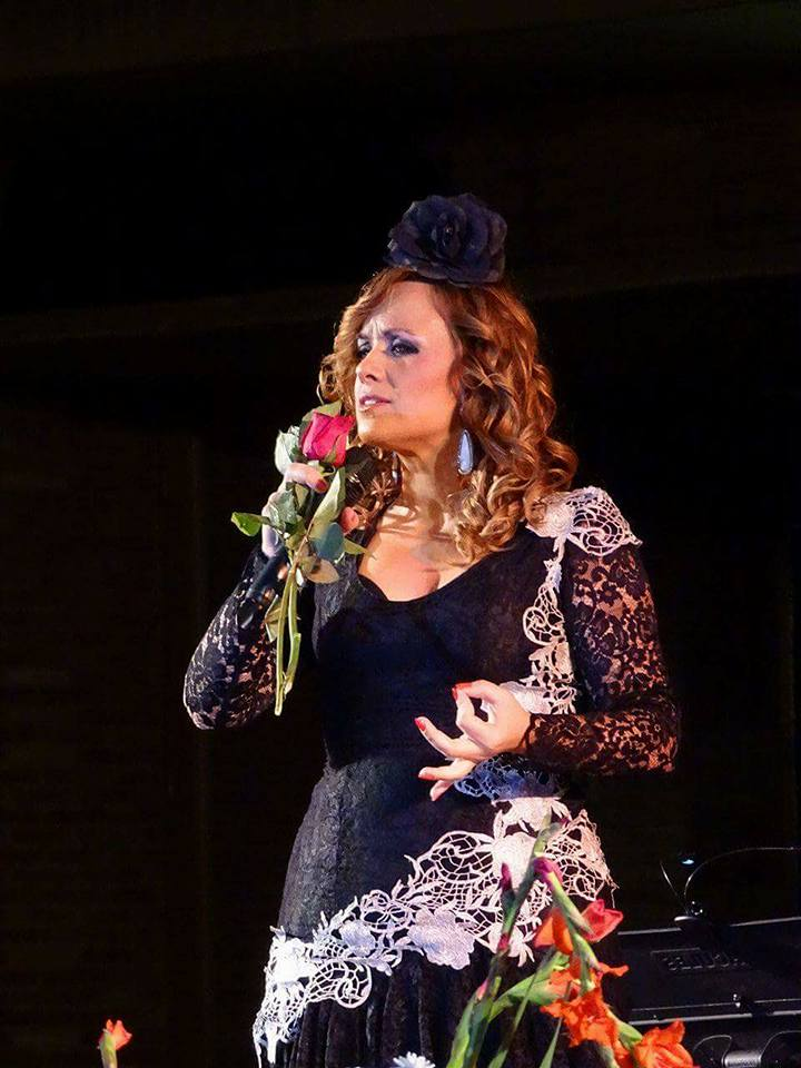 La cantante, afincada en Torralba, Laura García llega a la final del XXV Concurso Nacional de Copla de Málaga