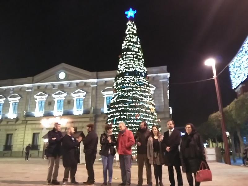Inaugurada la iluminación de Navidad en el Centro comercial abierto que es el entorno de la calle Castelar de Alcázar