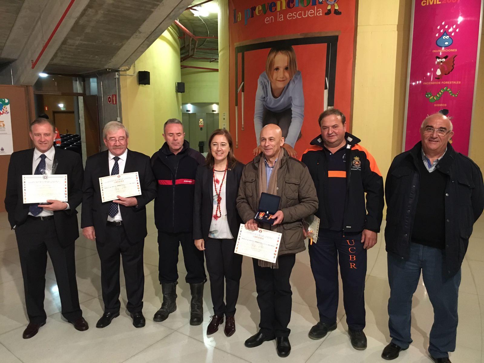 El Ayuntamiento de Socuéllamos distinguido con la placa al mérito colectivo en categoría de oro por la asociación de voluntarios de protección civil