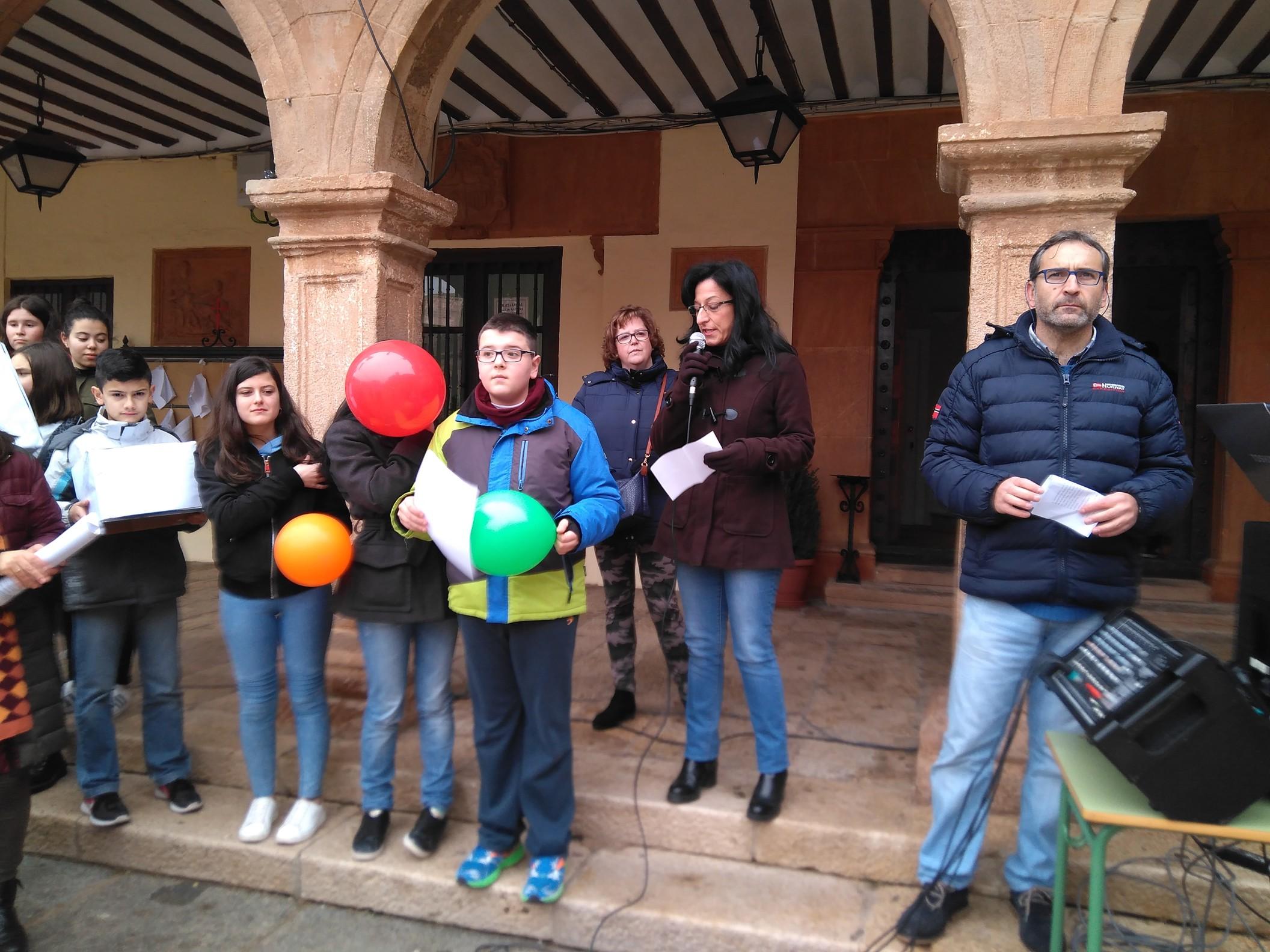 Celebración del Día de la Paz por parte de la Comunidad Educativa de Villanueva de los Infantes
