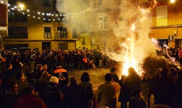 La hoguera de San Antón se prende este sábado por la noche en Daimiel
