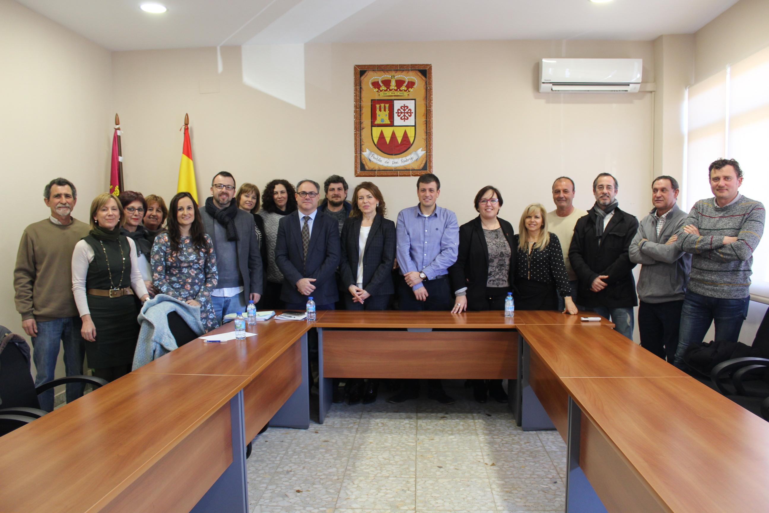 """El Gobierno regional traslada el """"carácter social"""" del proyecto de Presupuestos 2017 a los alcaldes de diez municipios de Ciudad Real"""