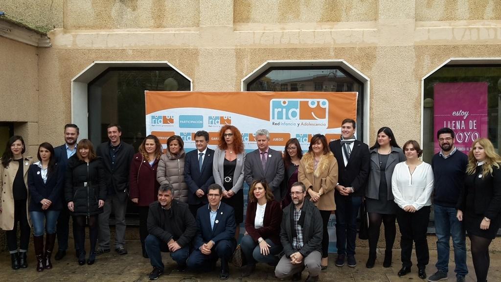 Alcázar participa en la primera reunión de 2017 de los municipios miembros de la Red de Infancia y Adolescencia (RIA)