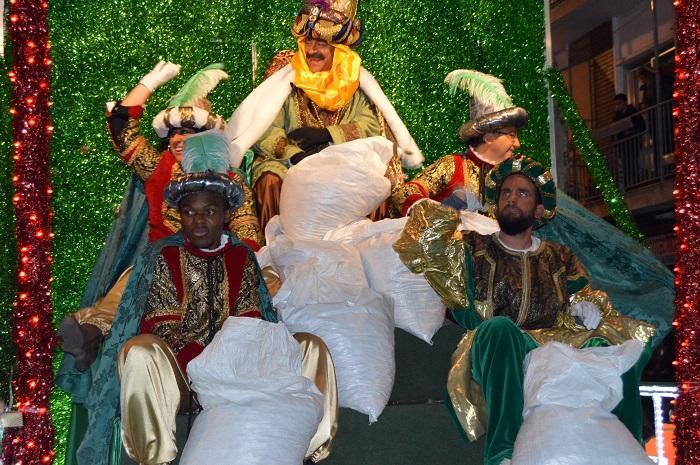 Más de 30.000 personas acompañan a los Reyes Magos en la Cabalgata de Ciudad Real