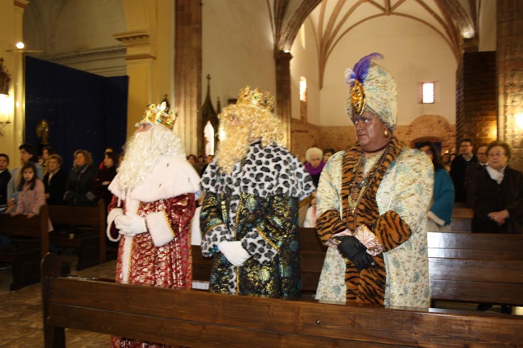 Multitudinario recibimiento a los Reyes que ofrecieron sus presentes al Niño Jesús en La Solana
