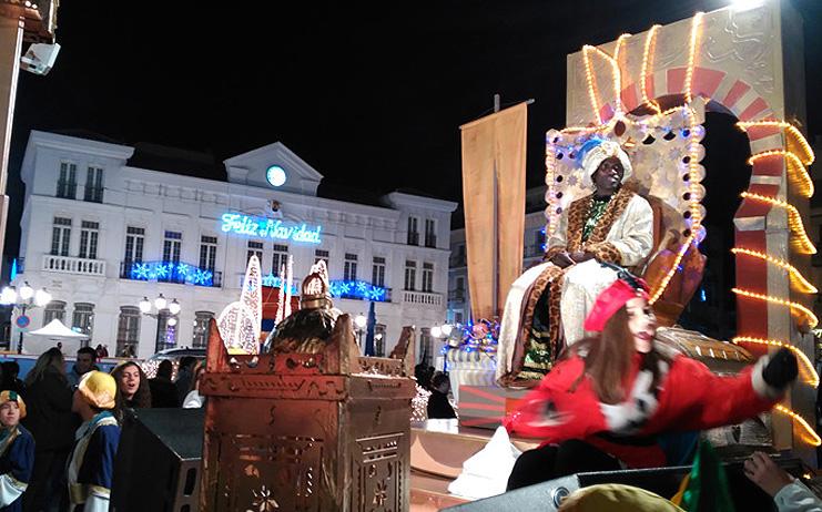 La tradicional Cabalgata pone el broche de oro a la intensa jornada de los Reyes Magos en Tomelloso