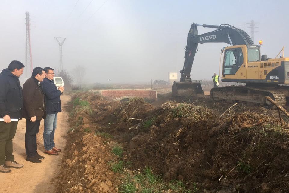 Campo de Criptana pone en marcha la segunda fase de limpieza del cauce de arroyos para evitar inundaciones