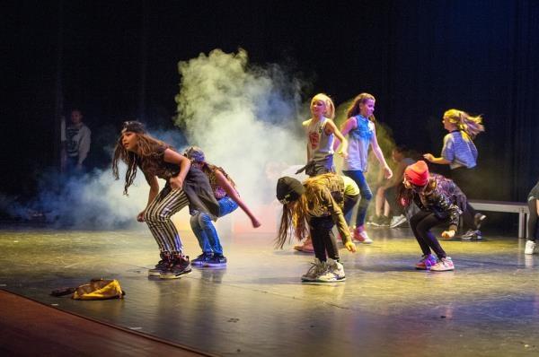 Celebra en Getafe el 8 de marzo Día Internacional de la Mujer bailando con #EFectoIgualdad