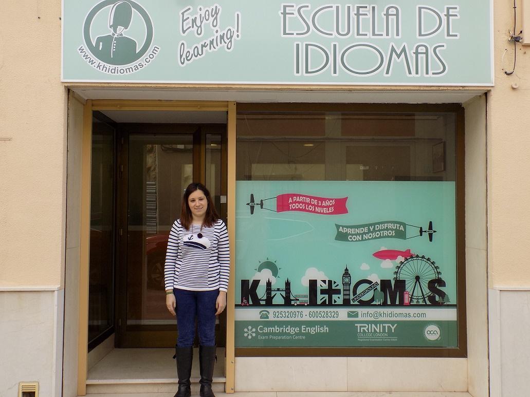 KH Idiomas Pedro Muñoz, la escuela donde aprenderás inglés de forma natural a precios bastante económicos
