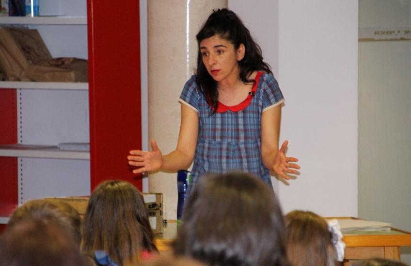'La hora del cuento' vuelve a exhibir su poder de convocatoria en La Solana