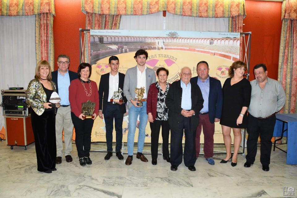 La Peña Taurina Tomás Santa Cruz de Torralba entrega sus premios anuales
