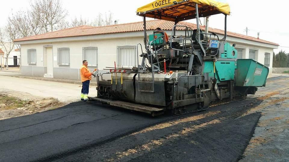 Concluidas las obras de asfaltado de la calle Orellana en Torralba de Calatrava