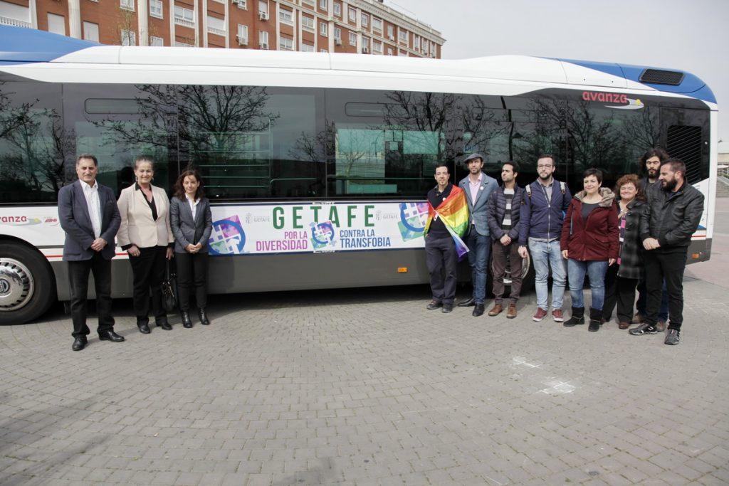 Autobuses de Getafe lucen desde hoy una campaña a favor de la diversidad y contra la transfobia