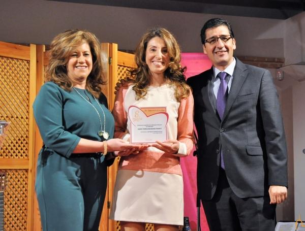 La profesora Maite Bejarano ha recogido hoy en Torralba el I Premio por la Igualdad de la Diputación de Ciudad Real