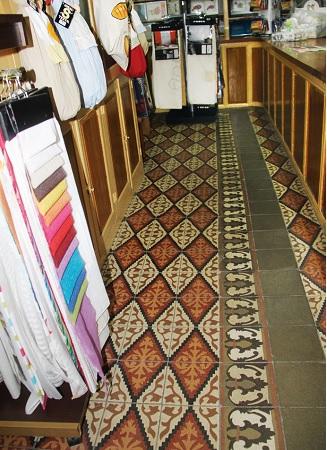 Detalle del piso original de Melquiades