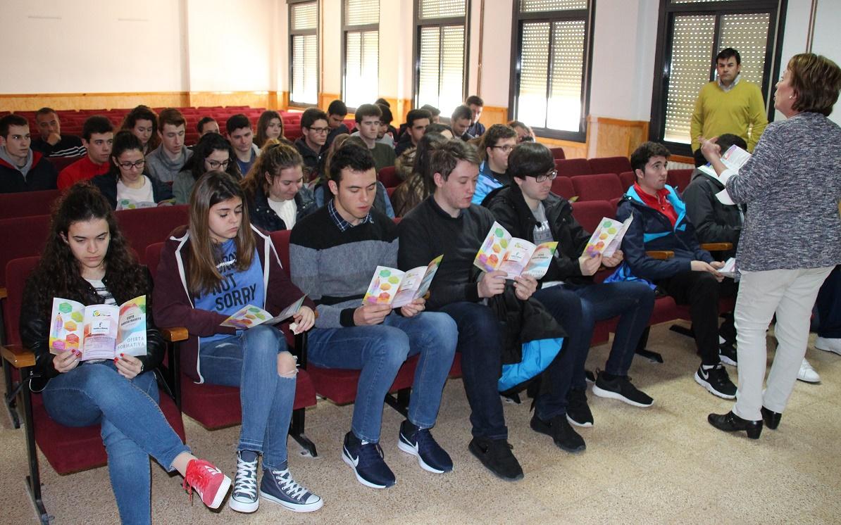 El IES Modesto Navarro celebró las III Jornadas de Orientación Universitaria en La Solana