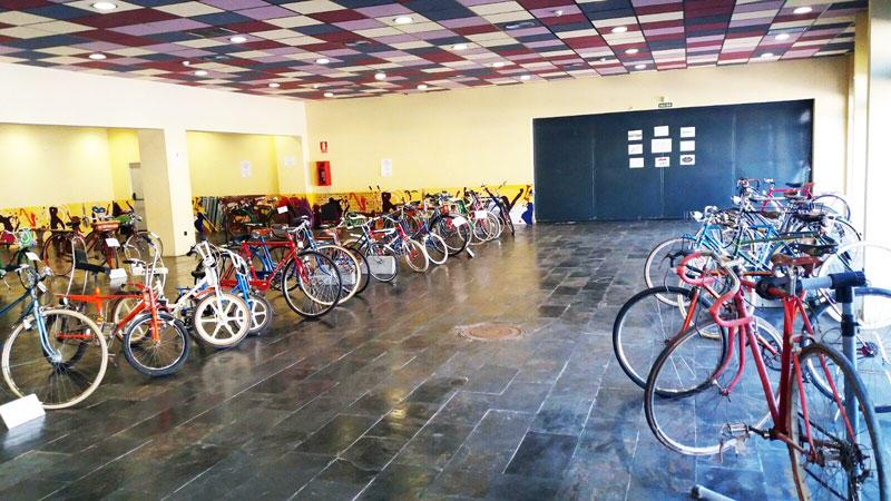 Más de 75 bicicletas antiguas presentes en el Quinto Encuentro de Bicicletas Clásicas Villa Miguelturra