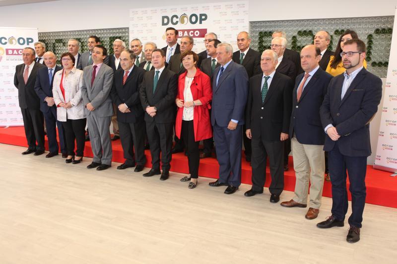 DCOOP Baco inaugura una nueva planta embotelladora en Alcázar de San Juan que dará trabajo a unas 50 personas