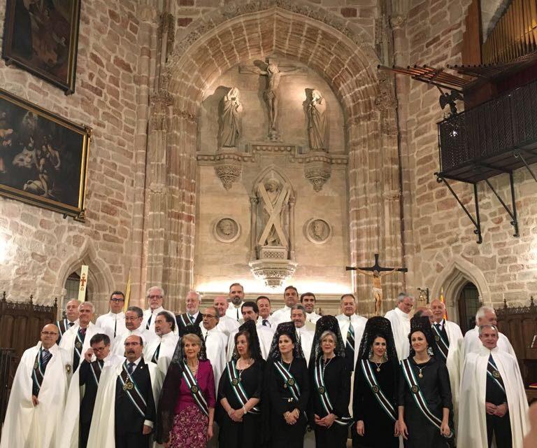 La Iglesia de San Andrés acoge la Investidura Extraordinaria de nuevos Caballeros y Damas de la Real Asociación Caballeros del Monasterio de Yuste