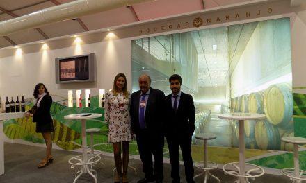 Bodegas Naranjo valora las fructíferas e interesantes visitas comerciales en la primera jornada de FENAVIN 2017