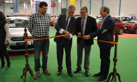 El alcalde de Valdepeñas inauguró el 'VI Salón de Vehículos de Ocasión'