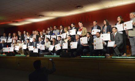 """Lidia Molina entrega en FENAVIN los premios """"Gran Oro"""" del concurso  de vinos """"España Selección"""""""