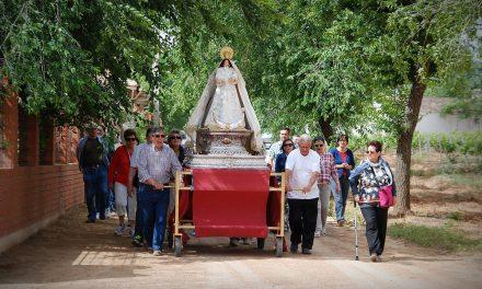 Ambiente inmejorable en la romería en honor a la Virgen Blanca
