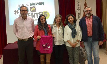 La directora provincial de Bienestar Social visita Villanueva de los Infantes para valorar el programa #Tú cuentas contra el acoso escolar