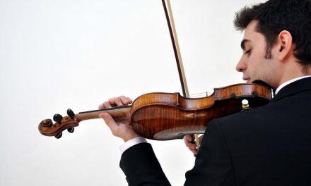 """El violinista Pablo de Luna y el pianista Misael Mejía llegan este sábado 6 de mayo al Gran Teatro de Manzanares con el concierto """"Música y Vinos"""""""