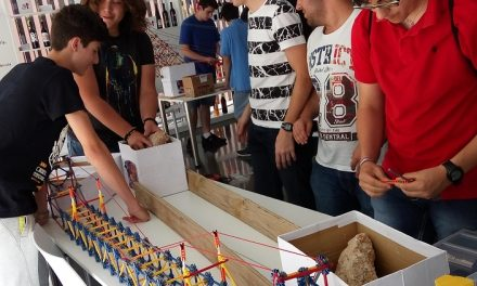 Un equipo del IES Clara Campoamor de La Solana queda en segunda posición del concurso de diseño de puentes