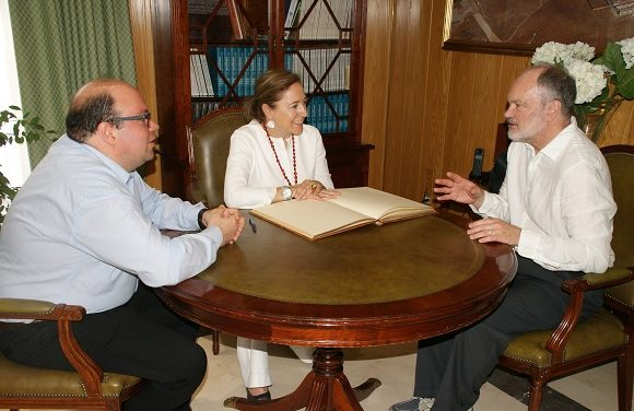El profesor Peter J. Myler, premio Fundación BBVA en el área de cooperación, visita Socuéllamos
