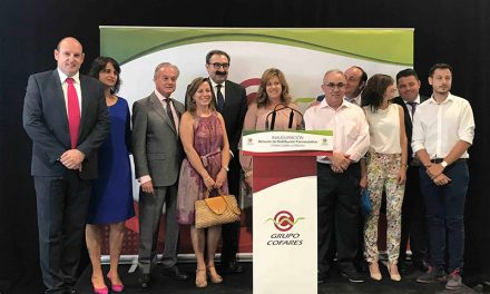 La alcaldesa de Torralba de Calatrava inaugura un nuevo almacén farmacéutico