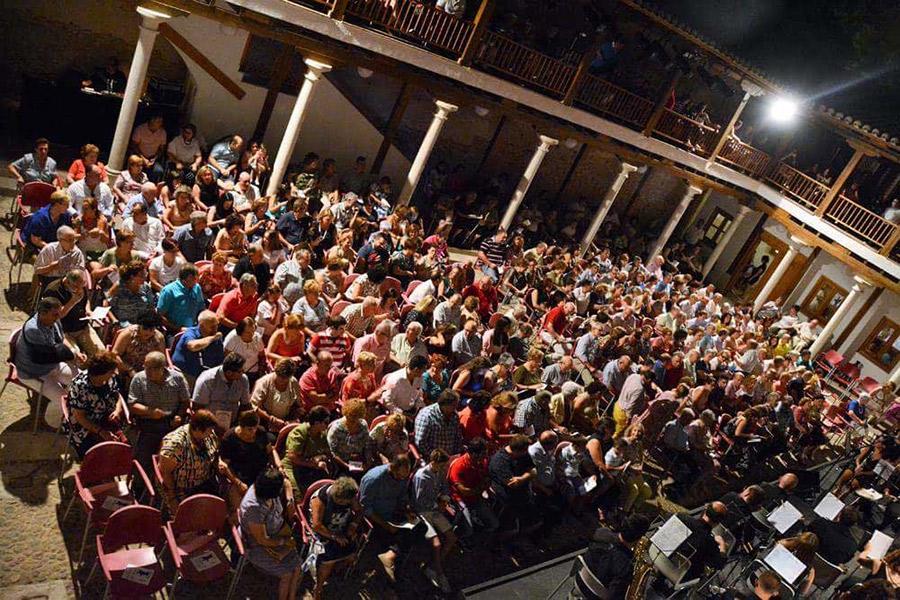 El espectáculo de zarzuelas pone el broche final al Ciclo de Música en los Patios