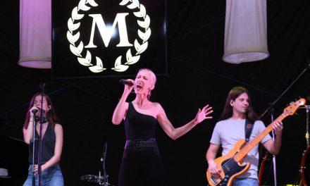 La Plaza Mayor regresó a los 80 con el grupo tributo a Mecano Melissae