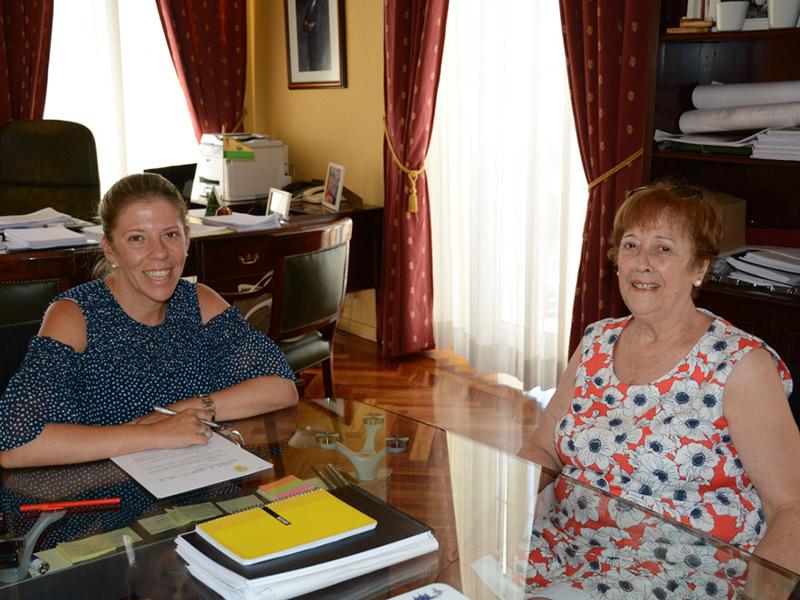 Firmado un convenio de colaboración entre el Ayuntamiento y la AECC